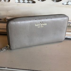 ♠️Kate Spade ♠️ Leather Wallet